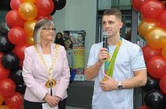 Max Whitlock and Mayor Cllr Rosie Sutton