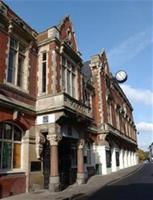 The outside of the Old Town Hall theatre in Hemel Hempstead